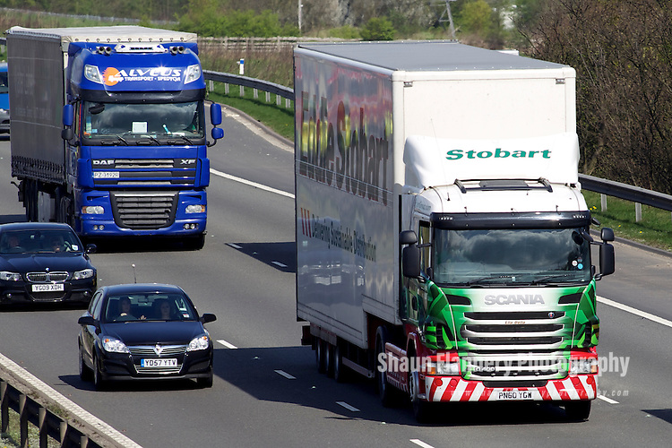 Pix: Shaun Flannery/shaunflanneryphotography.com...COPYRIGHT PICTURE>>SHAUN FLANNERY>01302-570814>>07778315553>>..7th April 2011.............Eddie Stobart lorry..The M1 motorway, Derbyshire..Junction 29A Markham Vale.