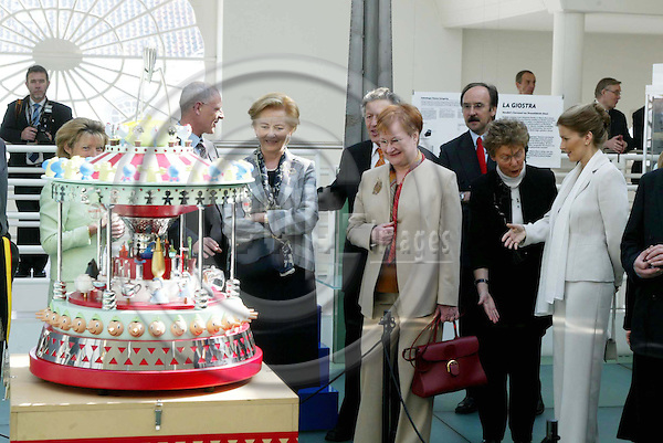 GENT - BELGIUM - 31 MARCH 2004--Official State Visit of the Finnish President Tarja HALONEN and her Husband Pentti ARAJÄRVI (Arajaervi) to Belgium. Gent visit.-- Queen Paola (L), Pentti ARAJÄRVI, Tarja HALONEN and Tanja KARPELA in the Design Museum. -- PHOTO: JUHA ROININEN / EUP-IMAGES