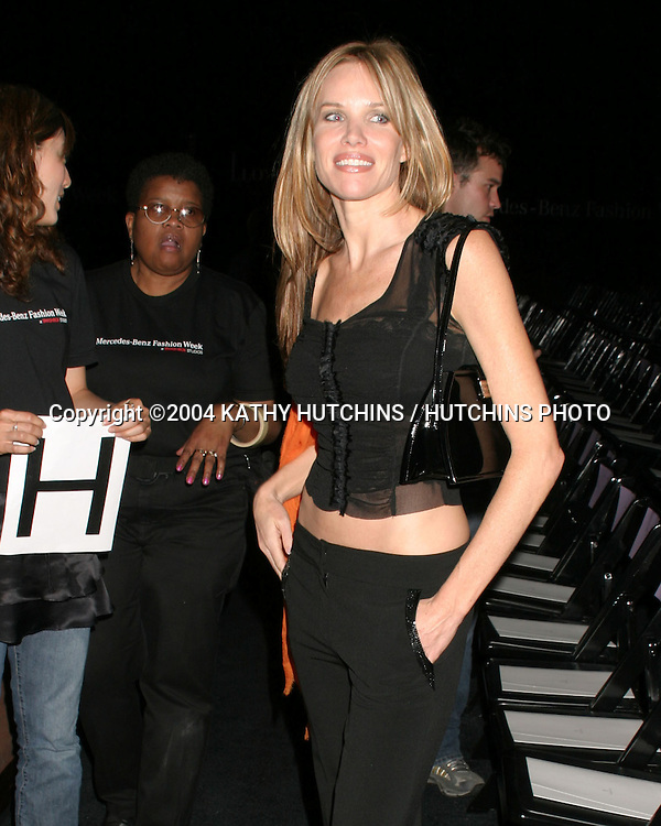 ©2004 KATHY HUTCHINS /HUTCHINS PHOTO.FASHION WEEK LOS ANGELES.LA, CA.MARCH 29, 2004..SARAH BUXTON
