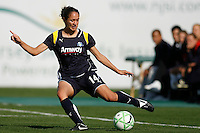 Stephanie Cox (14) of the Los Angeles Sol. The Los Angeles Sol defeated Sky Blue FC 2-0 during a Women's Professional Soccer match at TD Bank Ballpark in Bridgewater, NJ, on April 5, 2009. Photo by Howard C. Smith/isiphotos.com