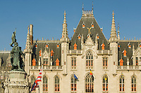 Belgium, Bruges, Provincial Palace and statue of Jan Breydel and Pieter de Coninck, Market Square, Brugge Markt