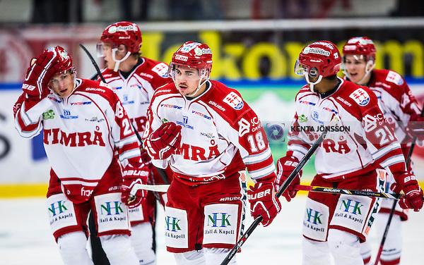 S&ouml;dert&auml;lje 2013-09-21 Ishockey Hockeyallsvenskan S&ouml;dert&auml;lje SK - Timr&aring; IK :  <br /> Timr&aring; 26 Patrik Nor&eacute;n  , Timr&aring; 18 Jens Westin och Timr&aring; 23 Jeremy Boyce-Rotevall Boyce Rotevall med lagkamrater<br /> (Foto: Kenta J&ouml;nsson) Nyckelord: