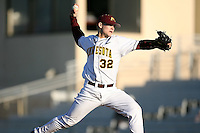 February 20, 2009:  Pitcher Chauncy Handran (32) of the University of Minnesota during the Big East-Big Ten Challenge at Jack Russell Stadium in Clearwater, FL.  Photo by:  Mike Janes/Four Seam Images