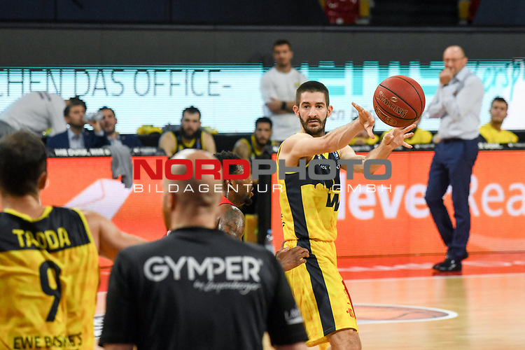 Braydon Hobbs (EWE Baskets Oldenburg), EWE Baskets Oldenburg vs. Brose Bamberg, easycredit Basketball-Bundesliga, Viertelfinal Rueckspiel, 20.06.2020. nph0001 Foto: Eibner/Memmler/Pool/nordphoto