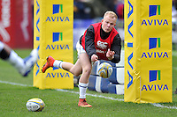 Will Homer of Bath Rugby passes the ball during the pre-match warm-up. Aviva Premiership match, between Worcester Warriors and Bath Rugby on February 13, 2016 at Sixways Stadium in Worcester, England. Photo by: Patrick Khachfe / Onside Images