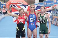 31 AUG 2007 - HAMBURG, GER - Winner Hollie Avil (GBR) flanked by Rebecca Robisch (GER - 3rd) and Ashleigh Gentle (AUS - 2nd)- Junior Womens World Triathlon Championships. (PHOTO (C) NIGEL FARROW)