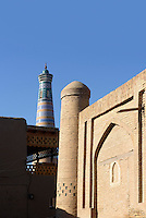 Minarett Islomxoja in der Altstadt Ichan Qala, Chiwa, Usbekistan, Asien, UNESCO-Weltkulturerbe<br /> Minaret Islomxoja in the  hitoric city Ichan Qala, Chiwa, Uzbekistan, Asia, UNESCO heritage site