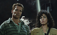 Total Recall (1990) <br /> Arnold Schwarzenegger &amp; Rachel Ticotin<br /> *Filmstill - Editorial Use Only*<br /> CAP/KFS<br /> Image supplied by Capital Pictures
