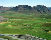 Höskuldsstaðir, Héðinsmynni, Miðhús, Stóru-Akrar og Minni-Akrar séð til austurs, Akrahreppur /.Hoskuldsstadir, Hedinsmynni, Midhus, Storu-Akrar og Minni-Akrar viewing east, Akrahreppur.