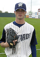 April 20, 2004:  Sean Thompson of the Fort Wayne Wizards, Midwest League (Low-A) affiliate of the San Diego Padres, during a game at Memorial Stadium in Fort Wayne, IN.  Photo by:  Mike Janes/Four Seam Images