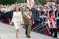 MADRID, ESPANHA, 04 DE MAIO DE 2012 - NOVOS GUARDAS REAL - A rainha da Espanha Sofia, durante cerimonia de posse dos novos guardas Real, em Madrid capital da Espanha, nesta sexta-feira, 04. (FOTO: ALEX CID-FUENTES / ALFAQUI / BRAZIL PHOTO PRESS).