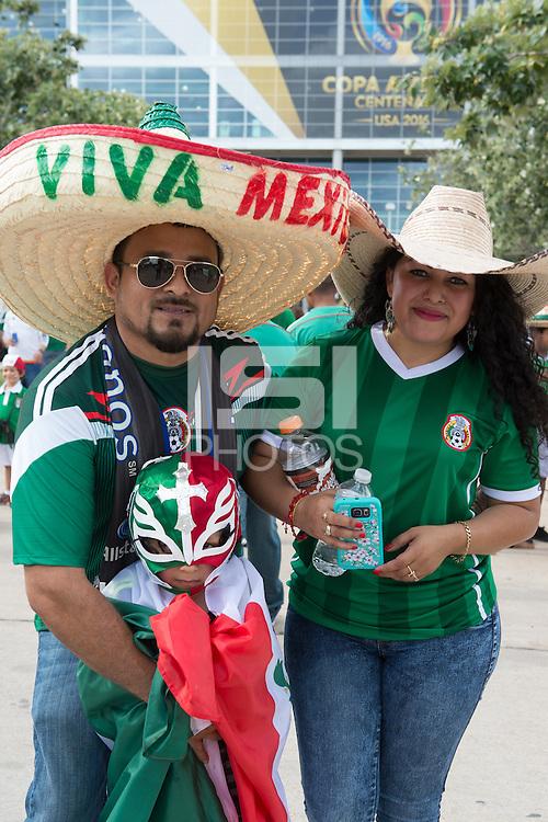 Photo before the match Mexico vs Venezuela, Corresponding to Group -C- America Cup Centenary 2016 at NRG Stadium.<br /> <br /> Foto previo al partido Mexico vs Venezuela,  Correspondiente al Grupo -C- de la Copa America Centenario 2016 en el Estadio NRG, en la foto: Fans<br /> <br /> <br /> 13/06/2016/MEXSPORT/Jorge Martinez.