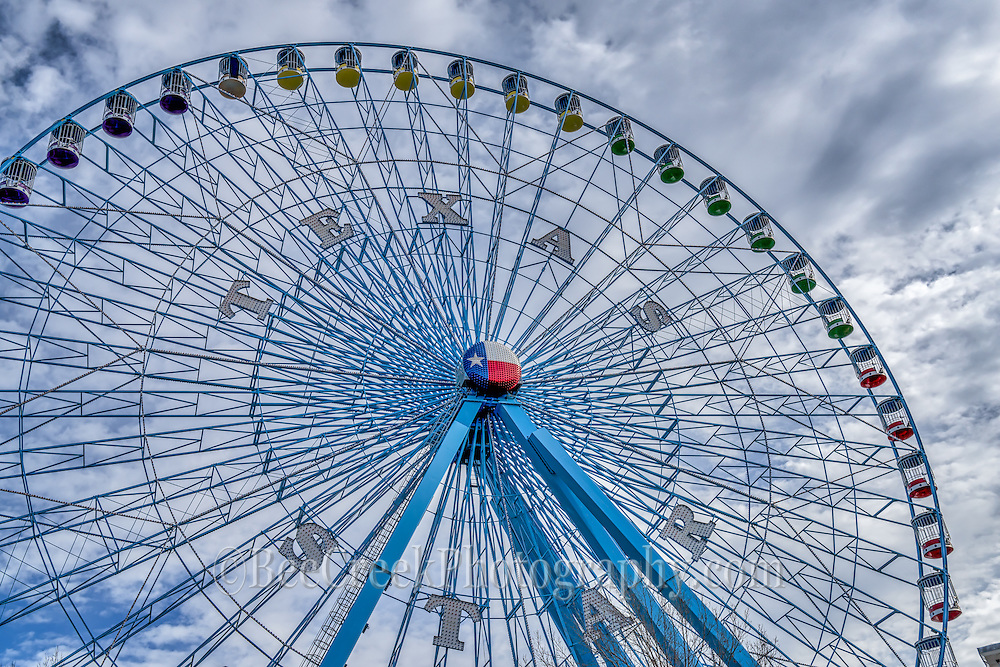 Another angle of the Texas Star at the Texas State Fair which is one of the largest ferris wheels in the USA.