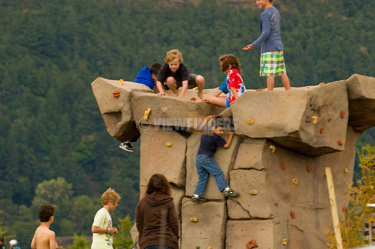 Hood River Park Rock Climbing, Oregon