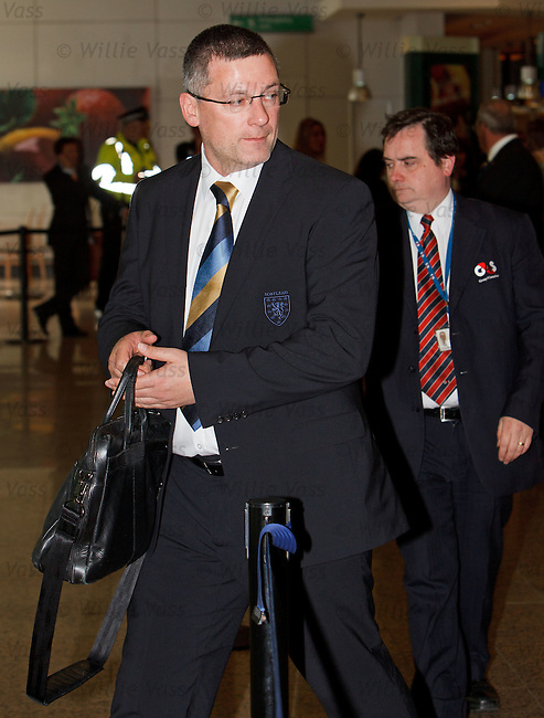 Craig Levein at Glasgow airport
