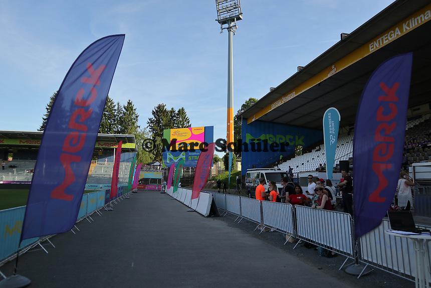 Zieleinlauf - 17.05.2017: 6. Merck Firmenlauf in Darmstadt