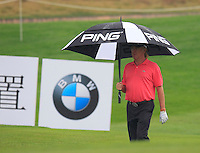 Miguel Angel Jimenez (ESP) at the 1st green during Thursday's Round 1 of the 2014 BMW Masters held at Lake Malaren, Shanghai, China 30th October 2014.<br /> Picture: Eoin Clarke www.golffile.ie