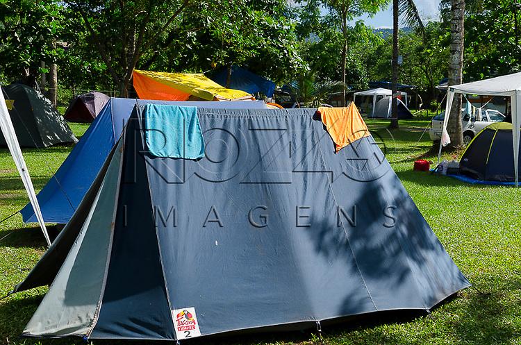Barracas de camping, Paraty- RJ, 12/2013.