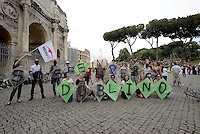 "Roma, 20 Giugno 2015<br /> Giornata internazionale del rifugiato<br /> Manifestazione al Colosseo ""Fermiamo la strage subito""<br /> per chiedere diritti per tutti,  e che vengano protette le persone,  non i confini.<br /> Medici per i diritti Umani<br /> Rome, 20 June 2015<br /> International Day of Refugees<br /> Event at the Colosseum ""Stop the massacre immediately""<br /> ask for rights for all, and that people are protected, not the borders."