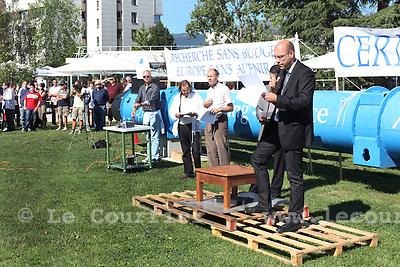 Genève, le 25.08.2010.CERN. Manifestation contre la coupe budgétaire dans la recherche..Sebastien Evrard, vice président..© Jean-Patrick / Le Courrier
