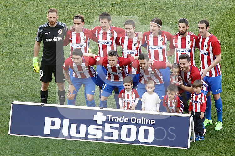 Atletico de Madrid's team photo with Jan Oblak, Antoine Griezmann, Stefan Savic, Gabi Fernandez, Filipe Luis, Yannick Ferreira Carrasco, Diego Godin, Sime Vrsaljko, Kevin Gameiro, Koke Resurrecccion and Saul Niguez during La Liga match. March 19,2017. (ALTERPHOTOS/Acero)
