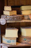 Europe/France/73/Savoie/Val d'Isère:  Fromages fermiers de la Ferme de l'Adroit. chez Claudine Mattis - La Fermette de Claudine