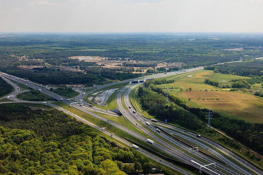 Nederland, Noord-Brabant, Eindhoven, 27-05-2013; Randweg Eindhoven. Knooppunt Leenderheide, verkeersknooppunt van A2 en A67.  A2 buigt af naar het Zuiden. Het oorspronkelijke verkeersplein, met stoplichten, maakt deel uit van het knooppunt.<br /> View on perimeter road Eindhoven and traffic junction Leenderheide near Eindhoven, A67 connecting one of the main motorways of the Netherlands A2. <br /> luchtfoto (toeslag op standard tarieven);<br /> aerial photo (additional fee required);<br /> copyright foto/photo Siebe Swart.