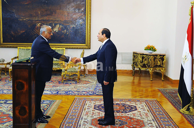 Egyptian President Abdel Fattah al-Sisi listens to the swearing in of General Nasser Fahmy as the Vice director of the General Intelligence Directorate, at the Presidential Palace, Cairo, Egypt, 28 June 2018. Photo by Egyptian President Office