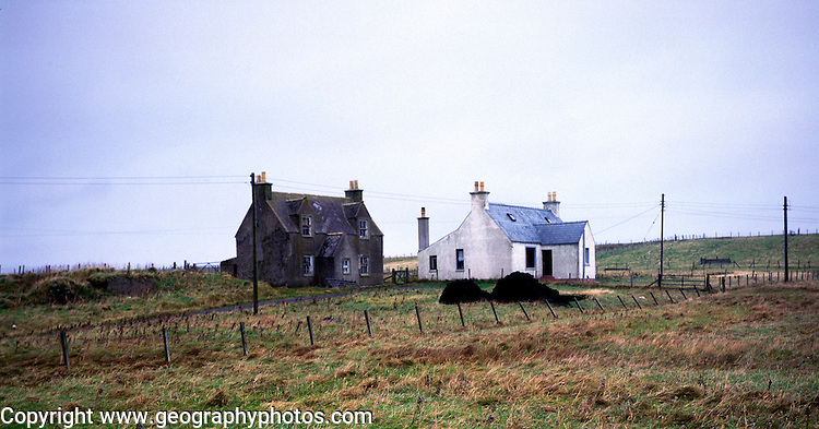 Old house and new houes, Isle of Lewis, Western Isles, Outer Hebrides, Scotland