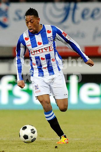 HEERENVEEN - Voetbal, SC Heerenveen - NAC , Eredivisie,  Abe Lenstra stadion, seizoen 2011-2012, 17-02-2012 SC Heerenveen speler Rajiv van La Parra.
