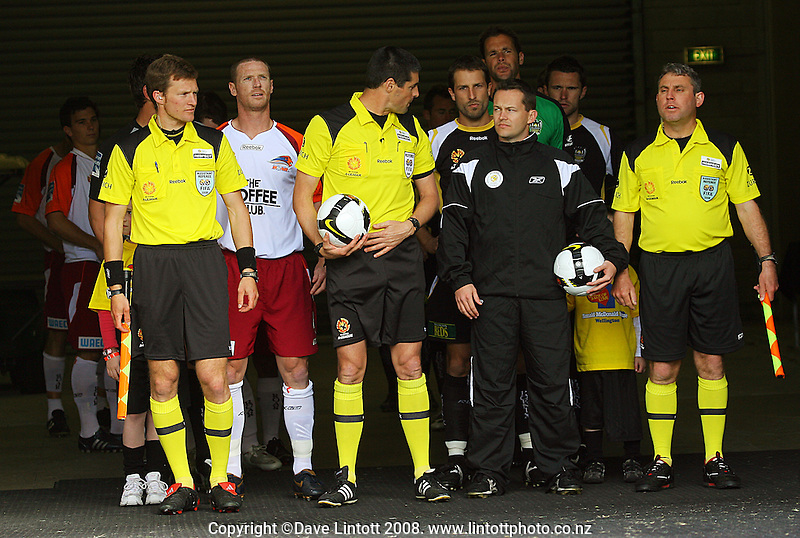 The two teams prepare to take to the pitch during the A-League football match between the Wellington Phoenix and Queensland Roar at Westpac Stadium, Wellington. Sunday, 26 October 2008. Photo: Dave Lintott / lintottphoto.co.nz