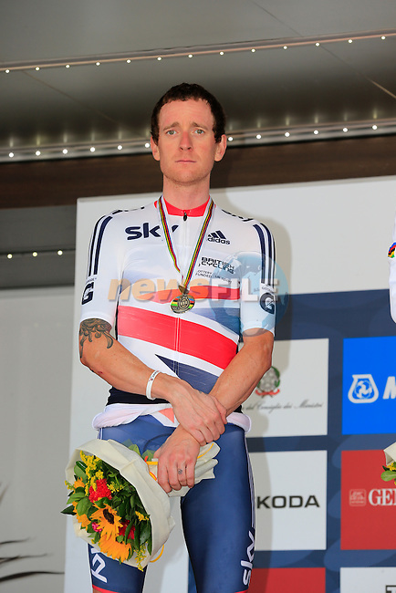 Bradley Wiggins (GBR) takes the silver medal in the Mens Individual Time Trial at the 2013 UCI World Championships held over a 58km course in Tuscany finishing in the city of Florence, Italy. 23rd September 2013.<br /> (Photo:Eoin Clarke/www.newsfile.ie)