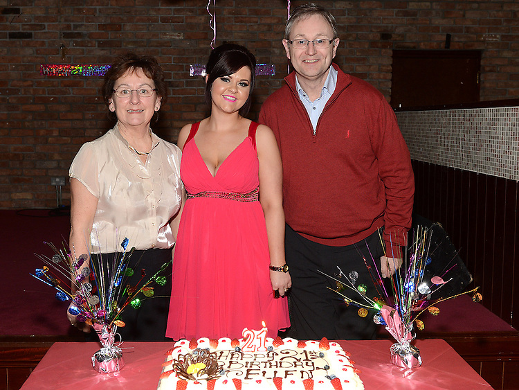 Ellen Branigan celebrating her 21st birthday in McHugh's with Godparents Tony and Miriam Foley. Photo:Colin Bell/pressphotos.ie
