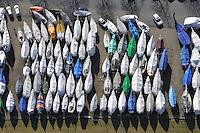 Segelboote im Winterlager: EUROPA, DEUTSCHLAND, HAMBURG, SCHLESWIG- HOLSTEIN, WEDEL (EUROPE, GERMANY), 05.03.2011: Segelboote im Winterlager