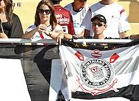 SÃO PAULO,SP,02 SETEMBRO 2012 - CAMPEONATO BRASILEIRO - CORINTHIANS x ATLETICO MG - Torcedores  do Corinthians antes da  partida Corinthians x Atletico MG válido pela 21º rodada do Campeonato Brasileiro no Estádio Paulo Machado de Carvalho (Pacaembu), na região oeste da capital paulista na tarde deste domingo (02).(FOTO: ALE VIANNA -BRAZIL PHOTO PRESS)