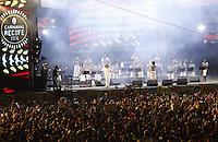 RECIFE-PE-05.02.2016- CARNAVAL-PE- Lenine e Maestro Forró agitam os foliões na abertura oficial do Carnaval do Recife no Recife Antigo, na noite desta sexta-feira, 05.(Foto:Jean Nunes/Brazil Photo Press)