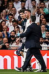 Sergio Ramos of Real Madrid (C) leaves the field injured during their La Liga  2018-19 match between Real Madrid CF and Atletico de Madrid at Santiago Bernabeu on September 29 2018 in Madrid, Spain. Photo by Diego Souto / Power Sport Images