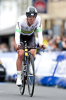 GEELONG, 30 SEPTEMBER - Richie PORTE (AUS) crossing the finish line at the 2010 UCI Road World Championships time trial event in Geelong, Victoria, Australia. (Photo Sydney Low / syd-low.com)