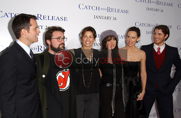 """Timothy Olyphant, Kevin Smith, Susannah Grant, Juliette Lewis, Jennifer Garner and Sam Jaeger<br />at the world premiere of """"Catch and Release"""". The Egyptian Theatre, Hollywood, CA. 01-22-07<br />Dave Edwards/DailyCeleb.com 818-249-4998"""
