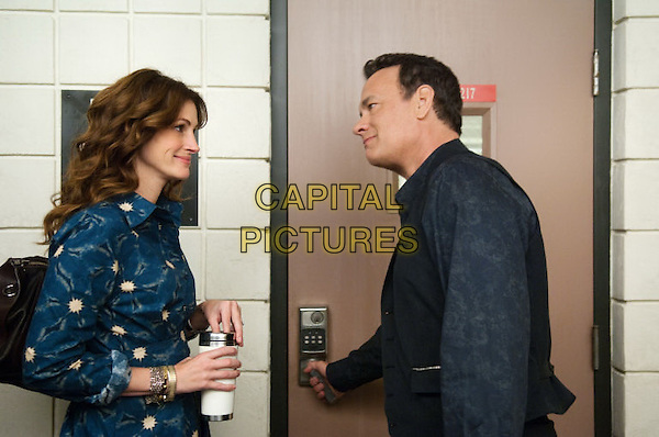 Julia Roberts & Tom Hanks.in Wilmer Valderrama.*Filmstill - Editorial Use Only*.CAP/PLF.Supplied by Capital Pictures.