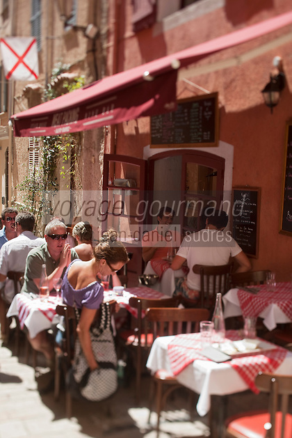 Europe/France/Provence -Alpes-Cote d'Azur/83/Var/Saint-Tropez: Terrasse du restaurant: Meat Packing, 5, rue de l'Eglise.