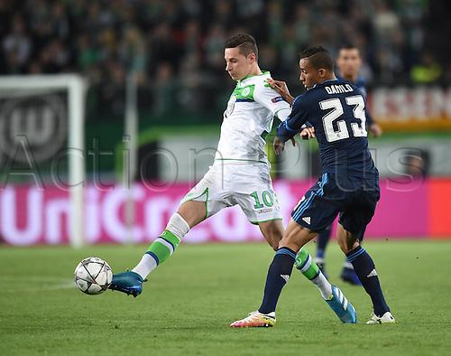 06.04.2016. Wolfsburg, Geramny. UEFA Champions League quarterfinal. VfL Wolfsburg versus Real Madrid.  Julian DRAXLER (VfL) challenges DANILO Luiz DA SILVA (Real)