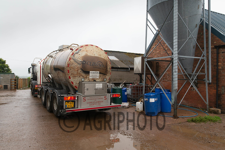 19.6.2020 Long Clawson dairy milk tanker collecting milk from a farm<br /> ©Tim Scrivener Photographer 07850 303986<br />      ....Covering Agriculture In The UK.