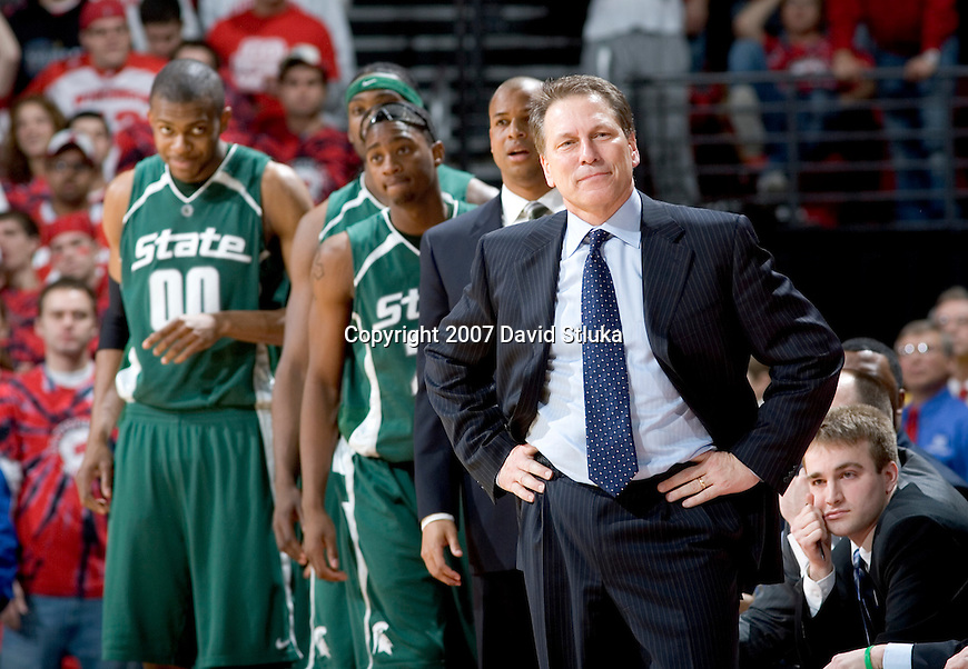 MADISON, WI - MARCH 03: Head coach Tom Izzo of the Michigan State Spartans looks on with his team against the Wisconsin Badgers during their Big Ten Conference game at the Kohl Center on March 3, 2007 in Madison, Wisconsin. The Badgers beat the Spartans 52-50. (Photo by David Stluka)