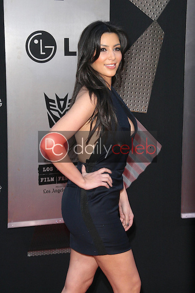 Kimberly Kardashian<br />at the Los Angeles Premiere of 'Transformers Revenge of the Fallen'. Mann Village Theatre, Westwood, CA. 06-22-09<br />Dave Edwards/DailyCeleb.com 818-249-4998