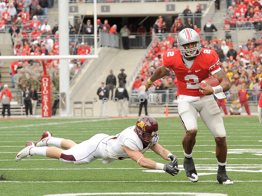 TERELLE PRYOR, of the Ohio State Buckeyes in action during the Buckeyes  game against the Minnesota Golden Gophers on October 24, 2009 in Columbus, OH. Ohio State won 38-7..