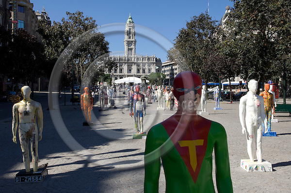 Oporto-Portugal, July 28, 2009 -- Modern art, exposition of statues - figures along avenida Aliados, with the town hall in the back; culture -- Photo: Horst Wagner / eup-images