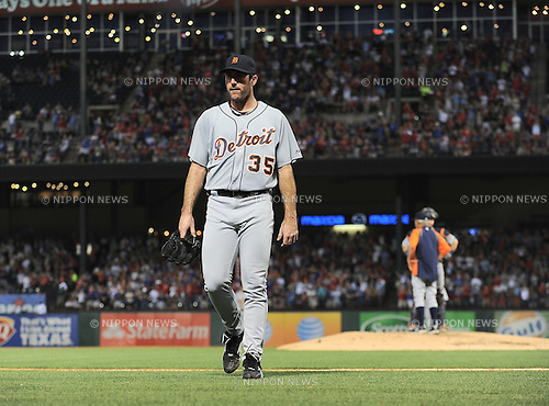 Justin Verlander (Tigers),.MAY 16, 2013 - MLB :.Justin Verlander of the Detroit Tigers walks back to the dugout after being pulled in the third inning during the baseball game against the Texas Rangers at Rangers Ballpark in Arlington in Arlington, Texas, United States. (Photo by AFLO)