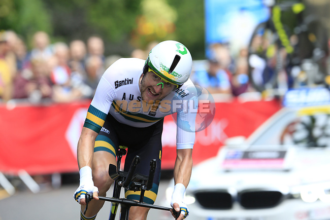 Luke Durbridge (AUS) in action during the Men Elite Individual Time Trial of the UCI World Championships 2019 running 54km from Northallerton to Harrogate, England. 25th September 2019.<br /> Picture: Eoin Clarke | Cyclefile<br /> <br /> All photos usage must carry mandatory copyright credit (© Cyclefile | Eoin Clarke)