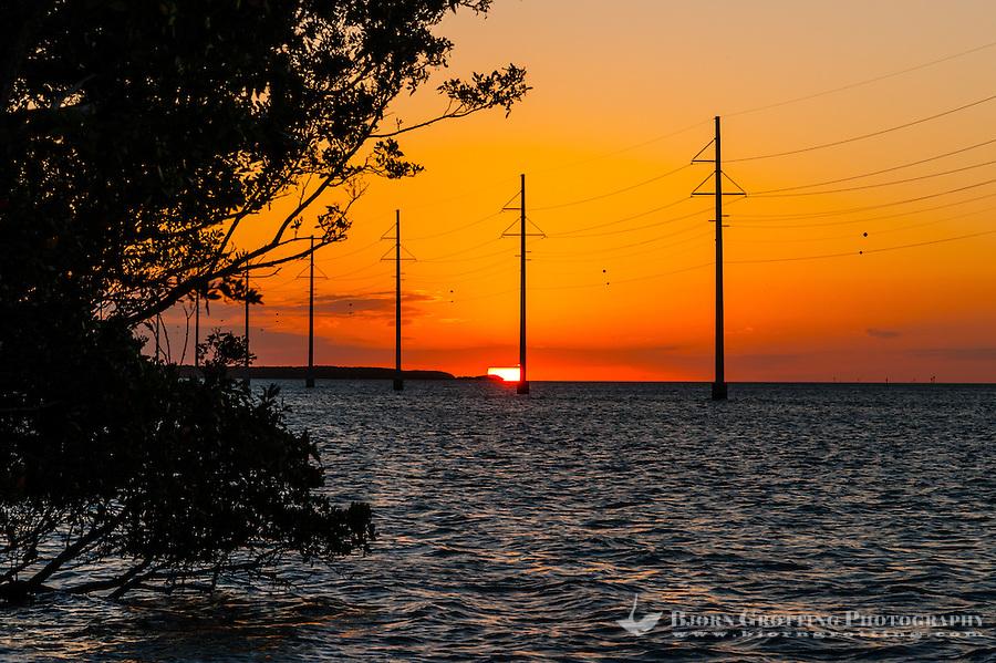 US, Florida Keys. Sunset at Upper Matecumbe Key, Islamorada.